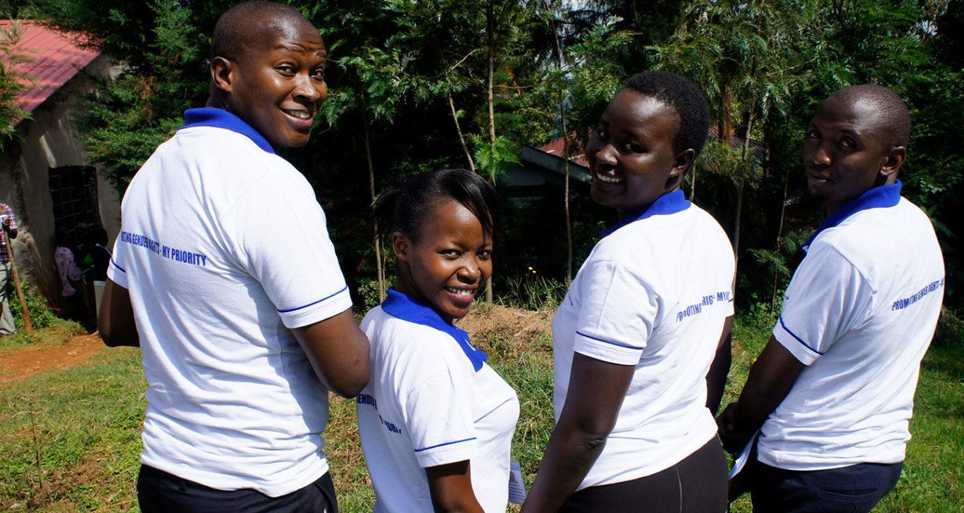 Kenian Kisiissä toimivan kumppanijärjestömme Cecomen henkilökunta. Kuva: Airi Kähärä