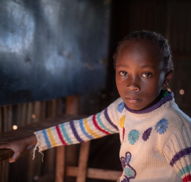 Kenialaistyttö Elizabeth